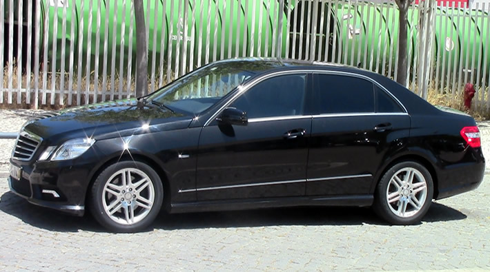 Mercedes Classe E com motorista